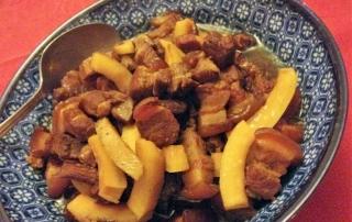 thịt kho (porc au caramel)